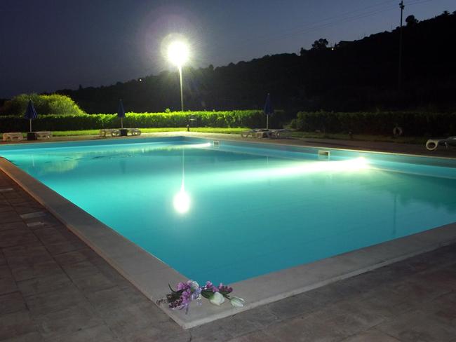 Costruzione piscine prefabbricate trentino alto adige - Piscine alto adige ...